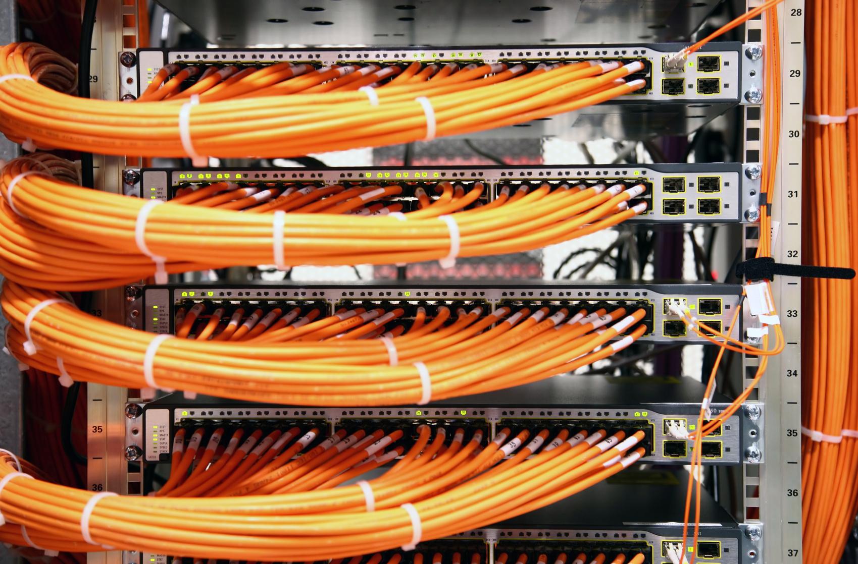 Grafk berlin-connect und berlin-web und berlin-vernetzt